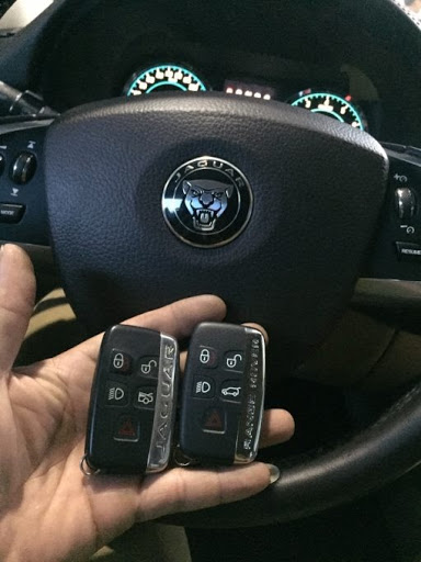Làm Chìa Khóa Jaguar