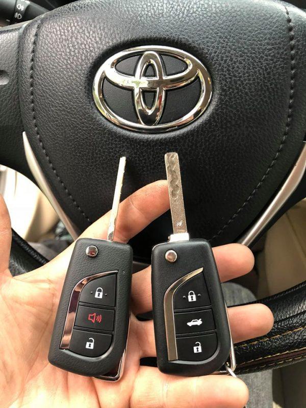 Làm chìa khóa xe ôtô