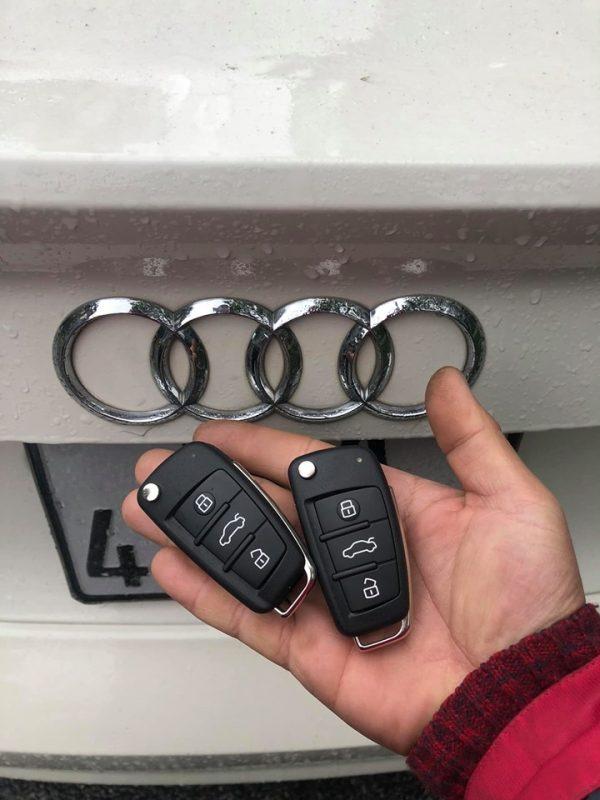 Làm chìa khóa Audi