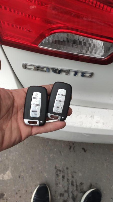 Làm chìa khóa ô tô