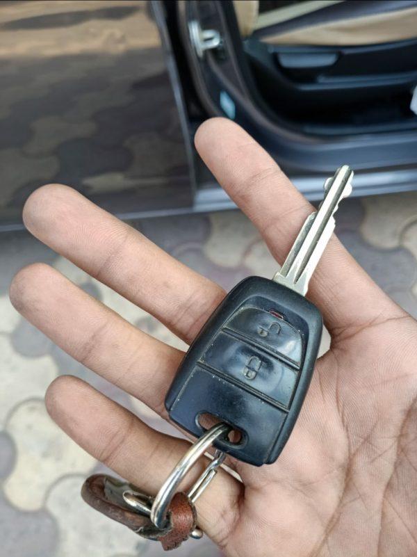 chìa khóa remote Hyundai Eon